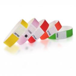 pile de bracelet tyvek couleur