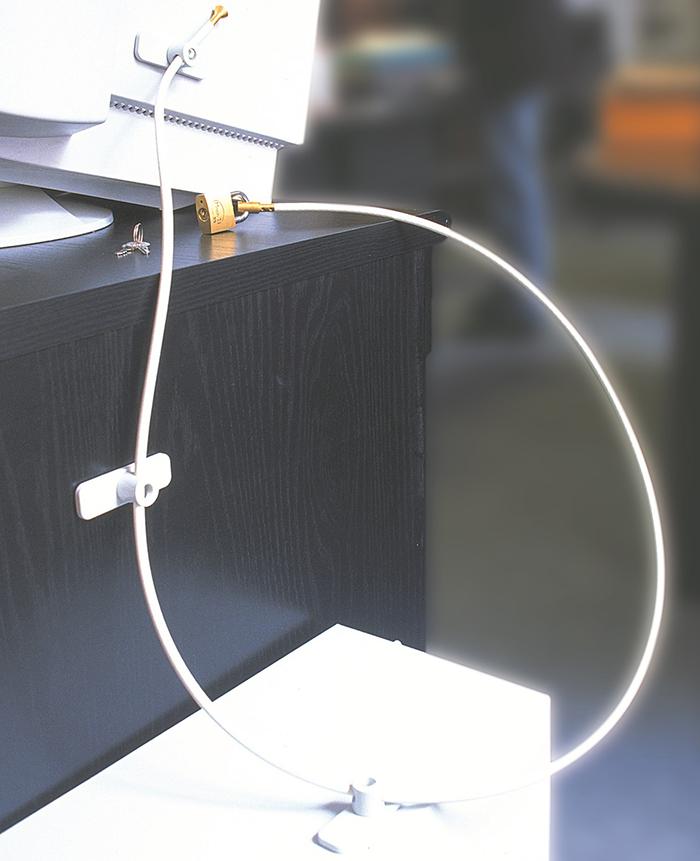 systeme-antivol-plaque-ancrage-fixation-ordinateur-cable-sécurité