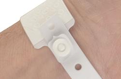adult-hospital-wristband-fastener