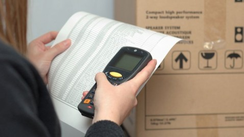 How to choose the right barcode reader you need?